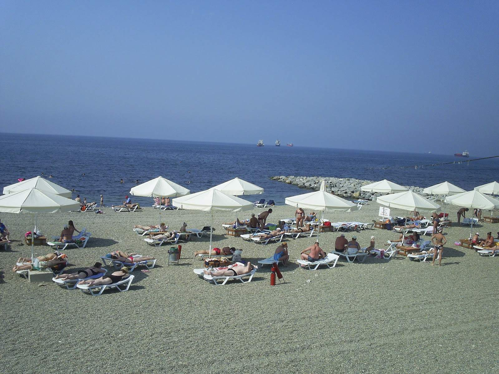 Пляж от пансионата «Кабардинка»
