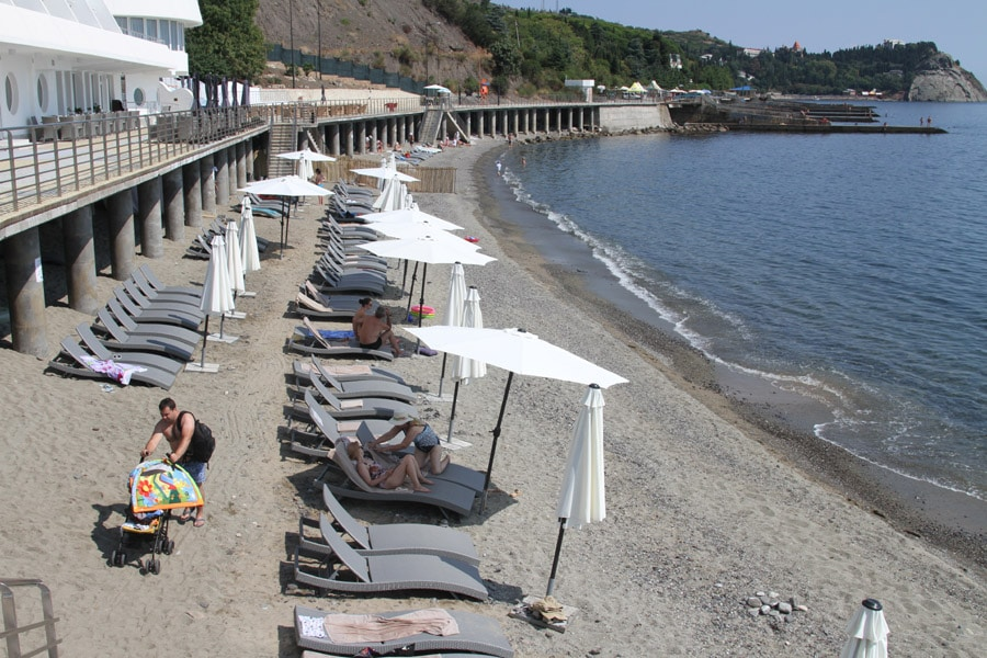 Пляж отеля «Европа»