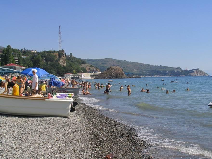 """Пляж в санатории """"Крым"""""""