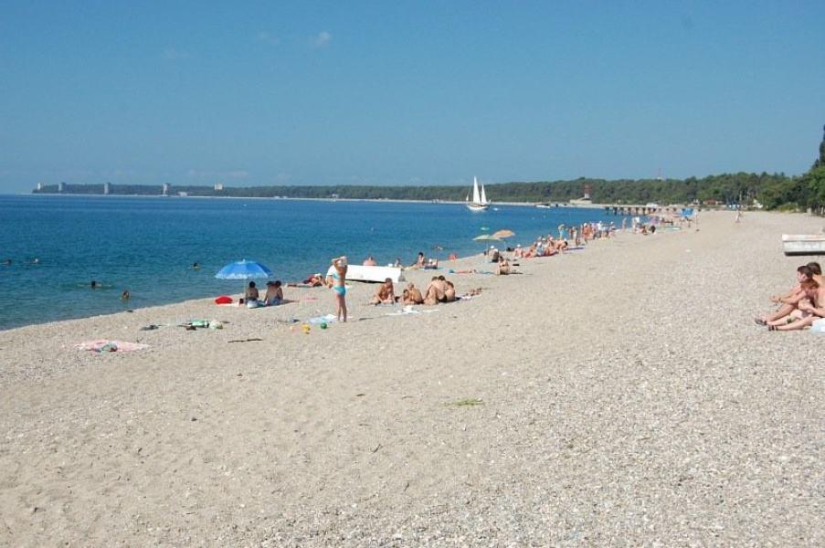 Пляж на озере Песчаное