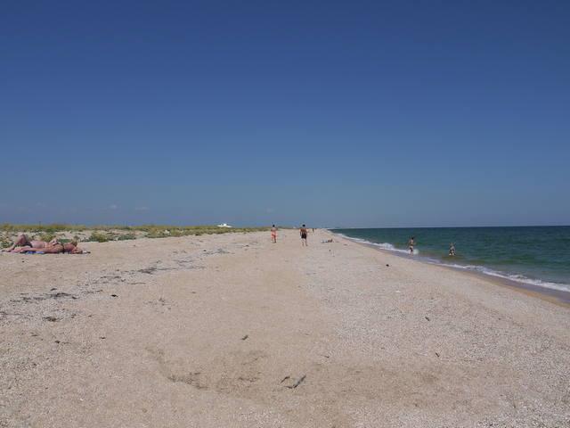 Дикие пляжи Двухякорной бухты