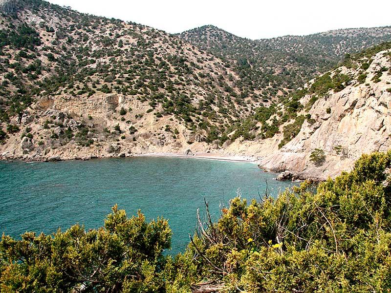 Дикий царский пляж