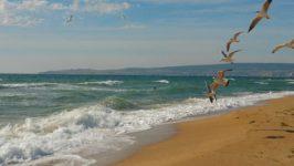Пляж Маяк в Крыму