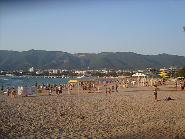 Лучшие песчаные пляжи Геленджика