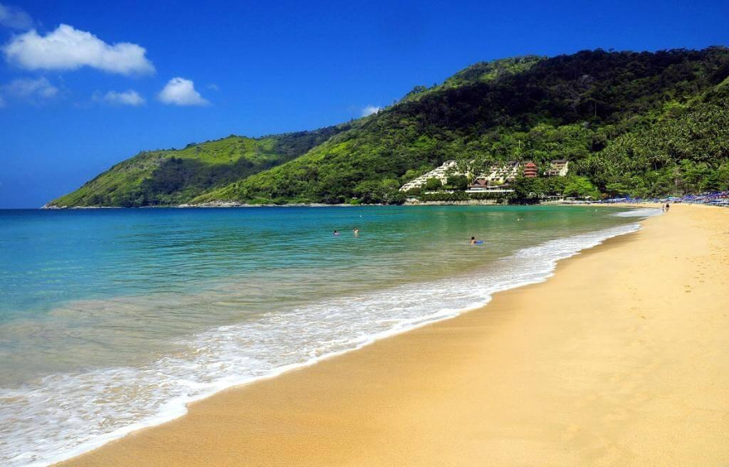 Пляж Най-Харн на Пхукете