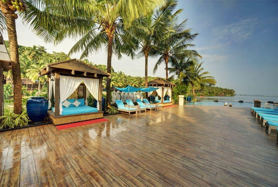 отели на пляже палолем южного Гоа
