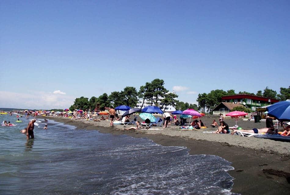 отдых на пляжах Уреки