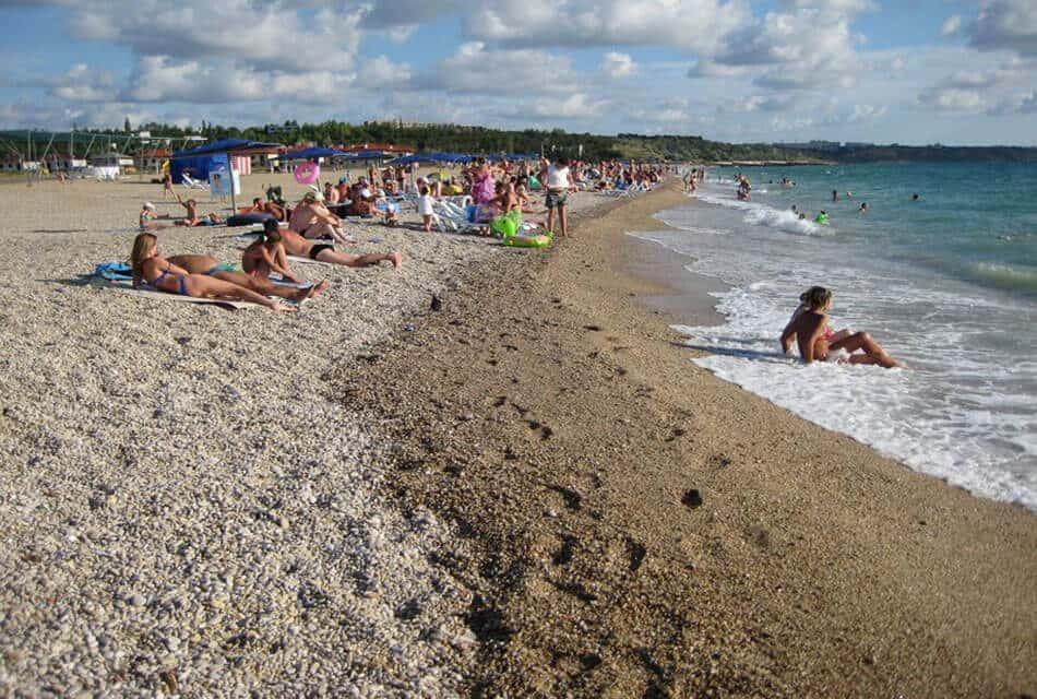 отдых на пляже Любимовка