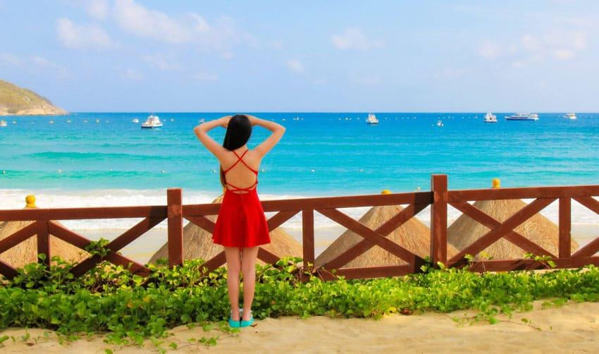 отдых на острове Хайнань пляжи Ялунвань