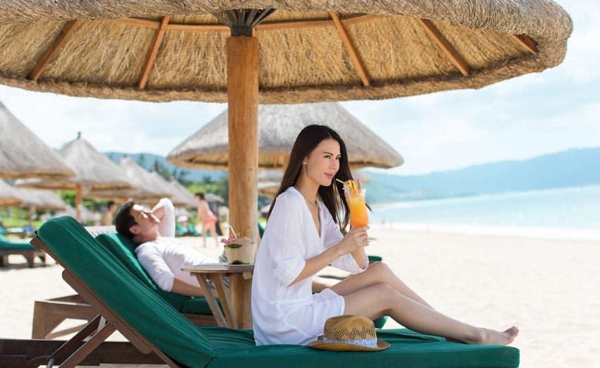 комфортный отдых на пляжах Ялунвань
