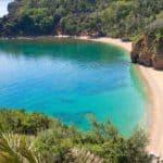песок на пляже Могрен
