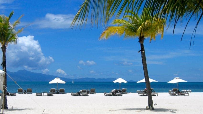 пляж Лангкави с белым песком