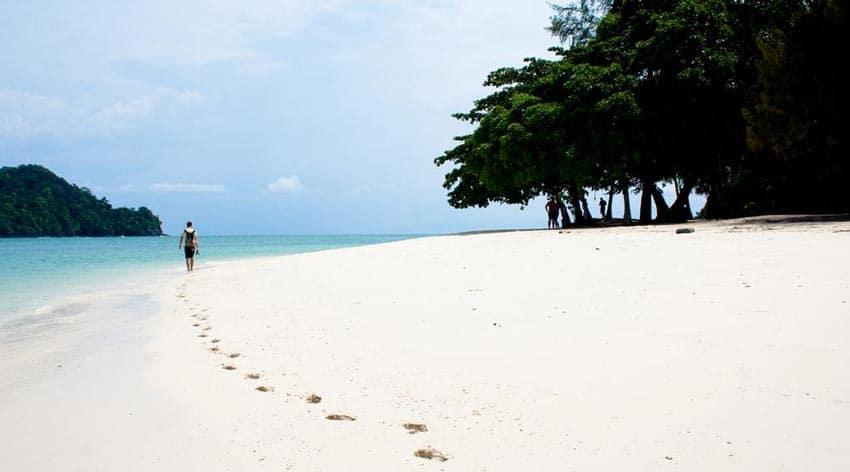 Пляж города Куах