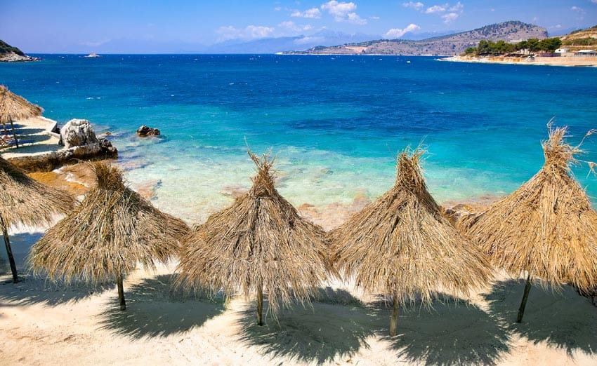 комфортабельный пляж Албании
