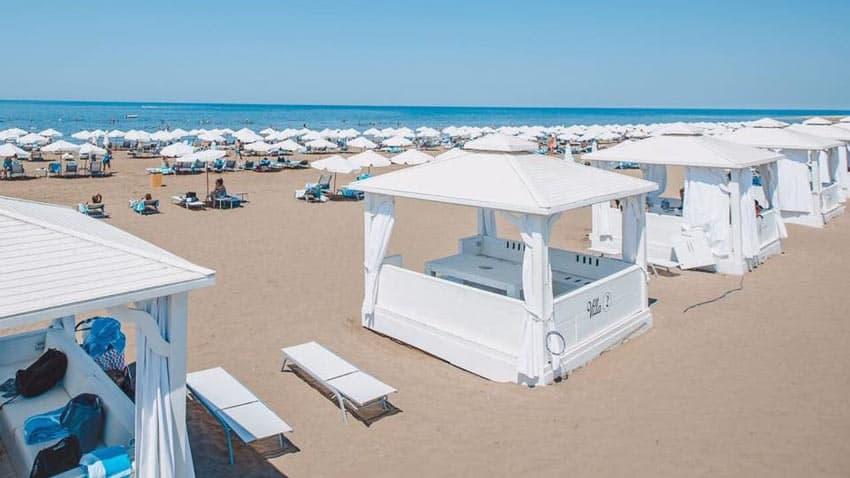 пляж Нардаран Азербайджан