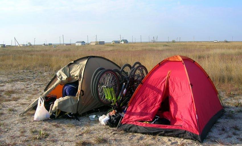 палаточный городок на косе