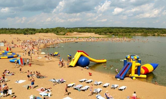 Оборудованный пляж Подольска