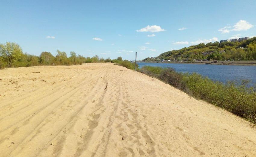 Нудистский пляж на гребном канале