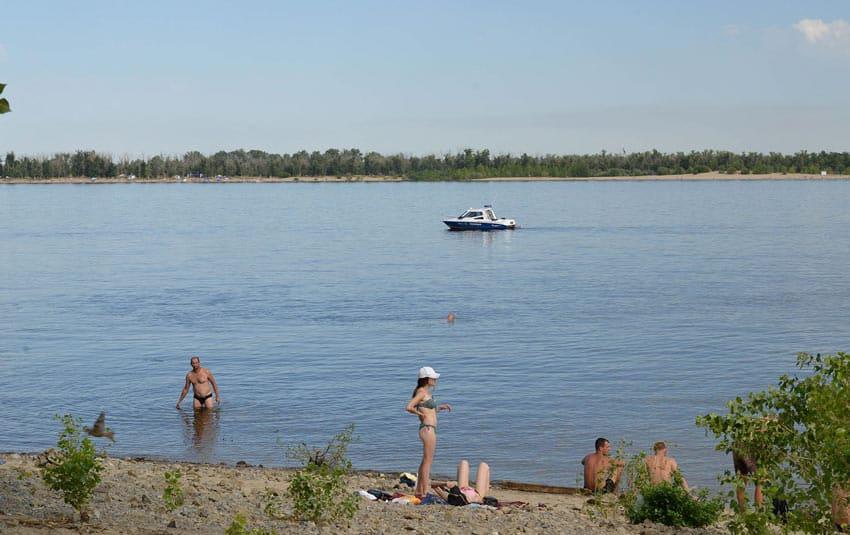 Нудистский пляж Волгоград