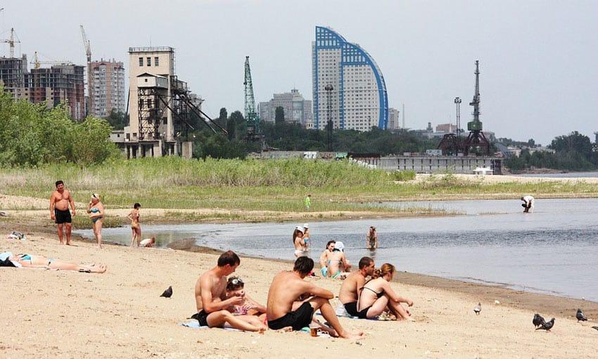 Пляж о.Крит в Волгограде