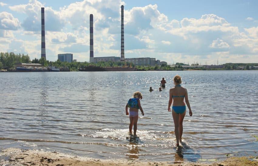 пляж возле ГРЭС Волореченск