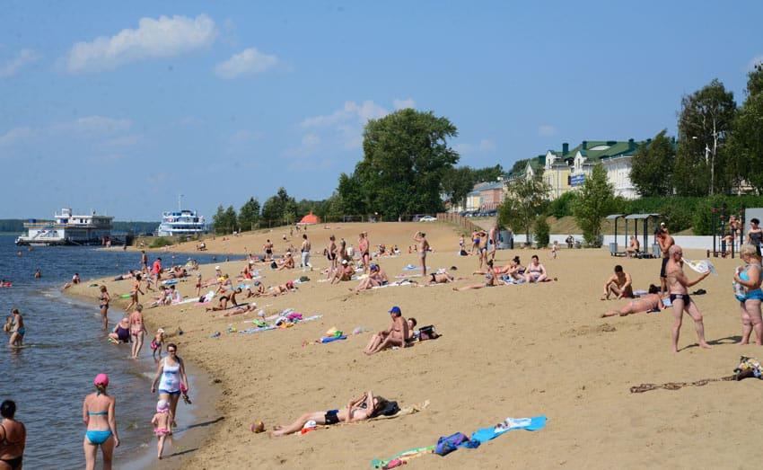 отдых на пляже Волореченск