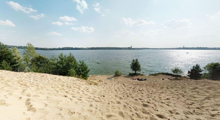 дикий пляж заволжска