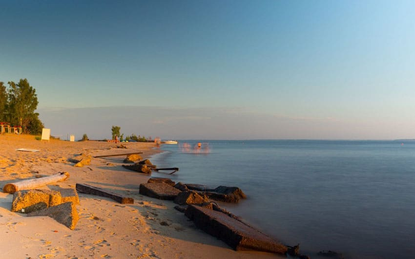 Пляж «Белая речка» на Горьковском море