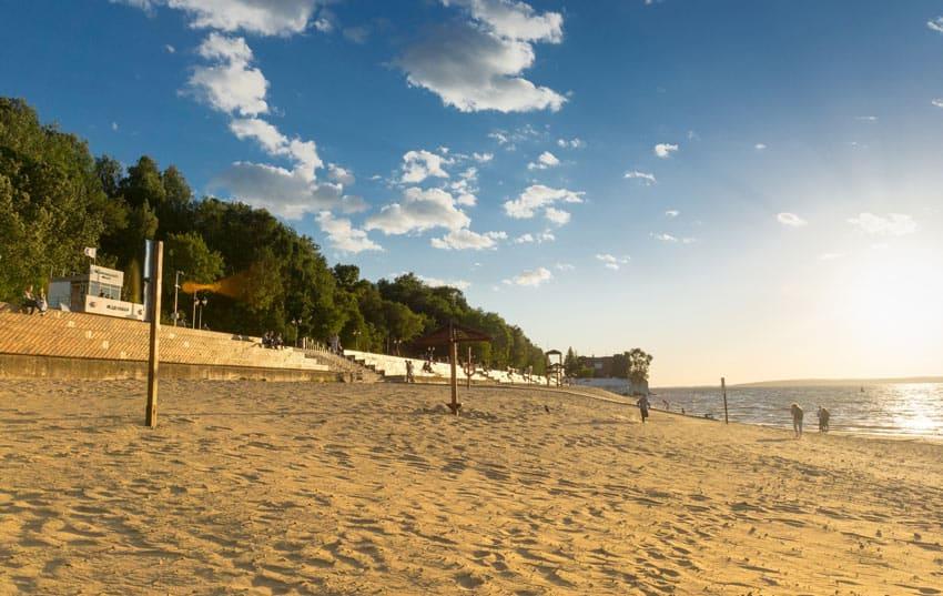 Левобережный пляж в Чебоксарах