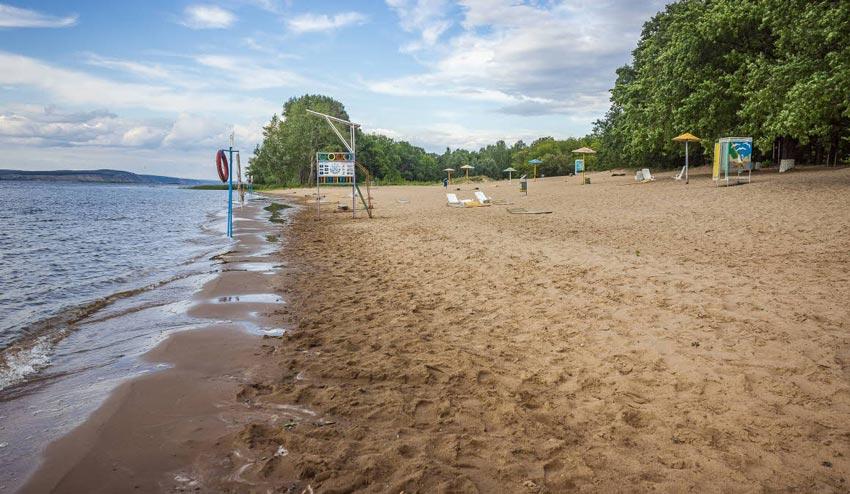 центральный пляж в Плесе
