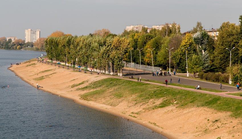 городской пляж в Старице