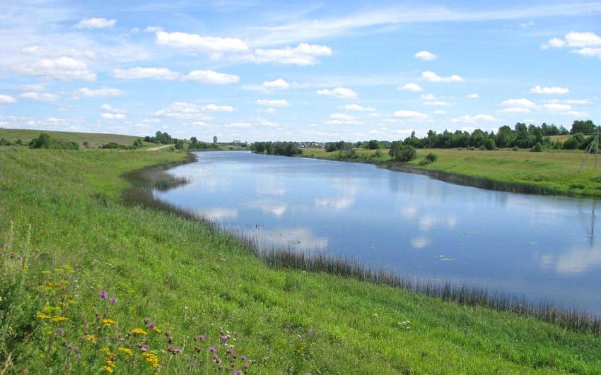 Река Корожечна Углич