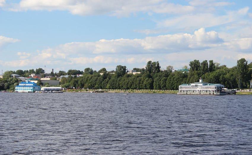 Чернигинская набережная Кострома