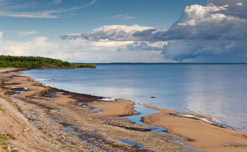 пляж на Рыбинском водохранилище