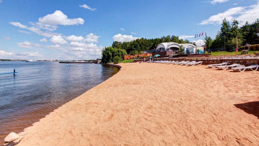 пляж Дубрава на Пироговском водохранилище