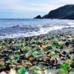 Стеклянный пляж во Владивостоке
