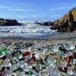 Уссурийский залив стеклянный пляж