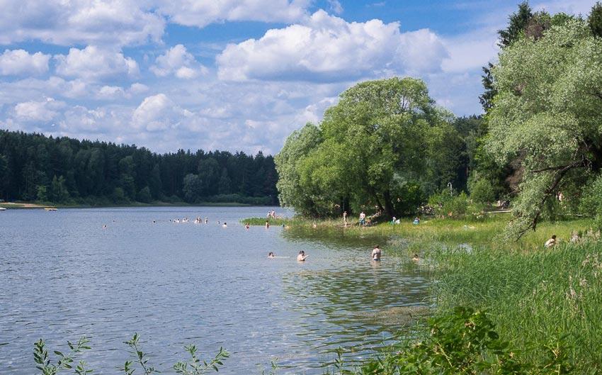 пляж деревни Зеленково на Истринском водохранилище