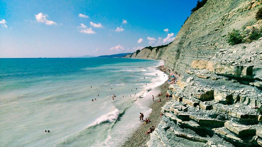 отдых на диком пляже Круча